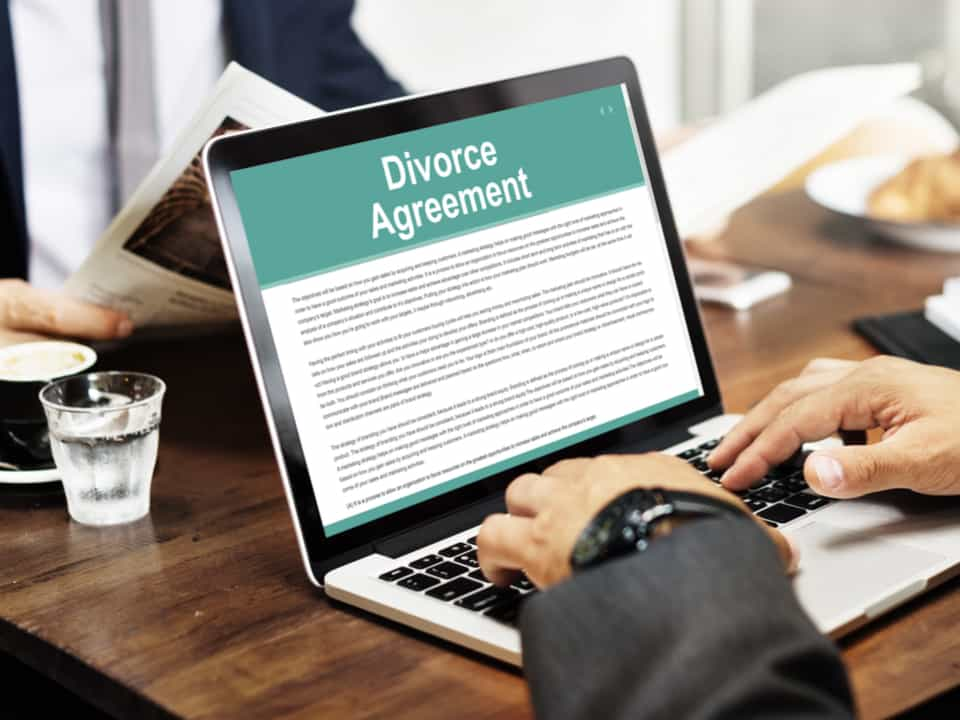 Men looking for Family Lawyer in London for divorce agreement