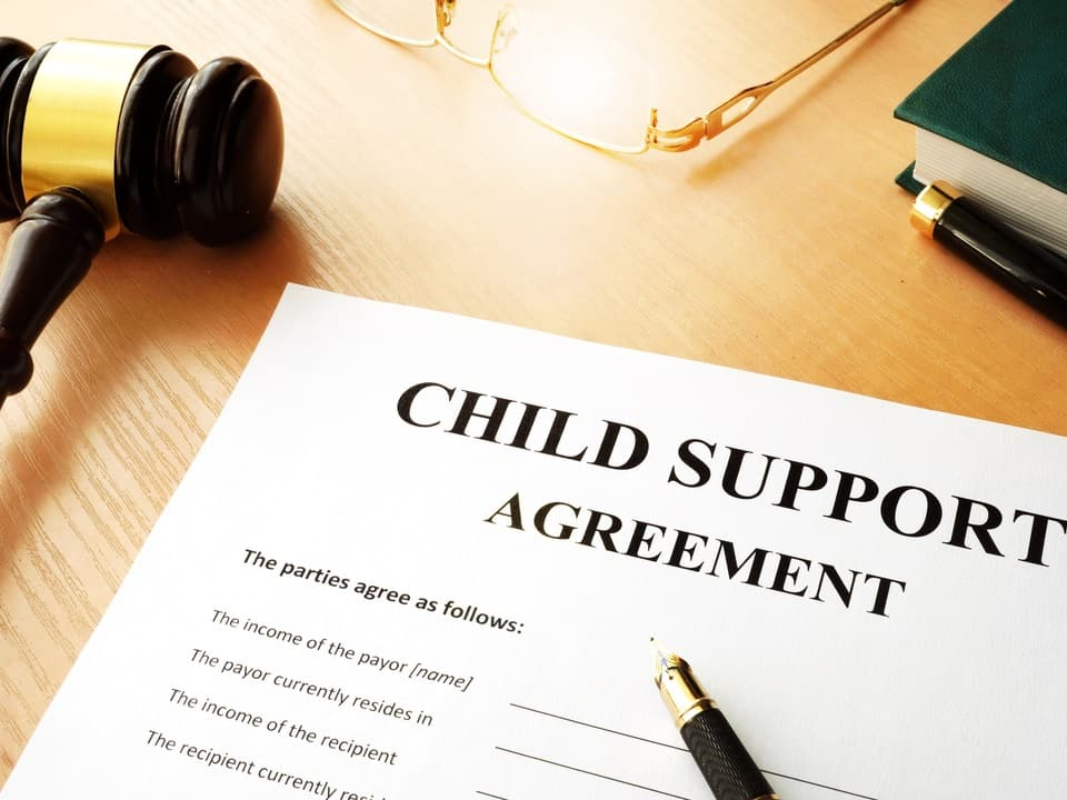 a child support arrangement contract to be agreed when deciding child custody