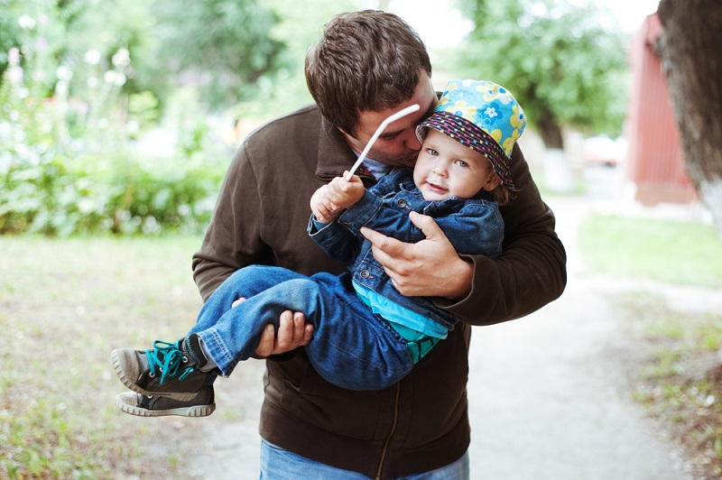Unmarried Fathers' Rights: UK Rules and Regulations to Keep in Mind